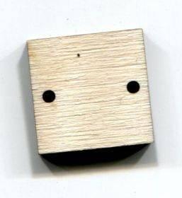 Основа Квадрат с 2 отверстиями, 2х2см